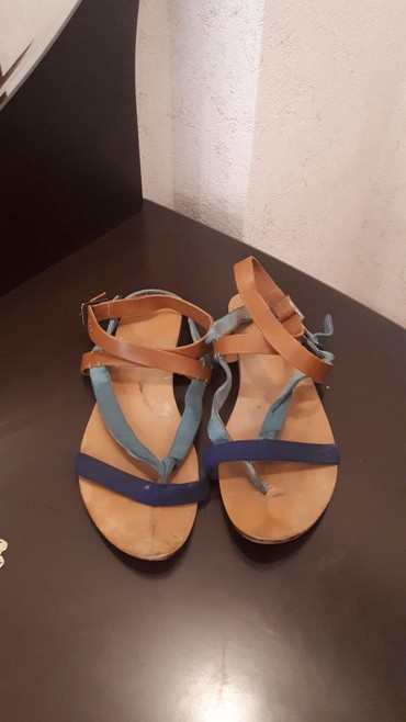 Xırdalan şəhərində Satılır original Zara markasının 40 ölçülü basanojkaları.