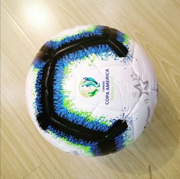 Futbol topuYüksek keyfiyyətli Copa Amerika Cup model futbol topu