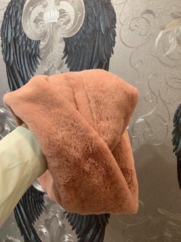 No secret b - Srbija: Šal nikad nošen, kupljen u Women Secret-u. Kružni, mekan i prelepe roz
