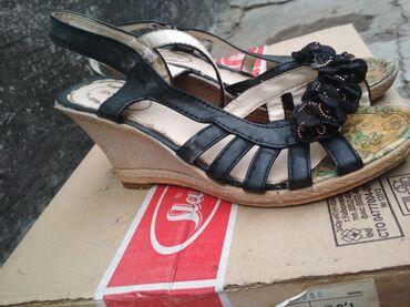 Женская обувь в Шопоков: Продаю б у туфли.В хорошем состоянии