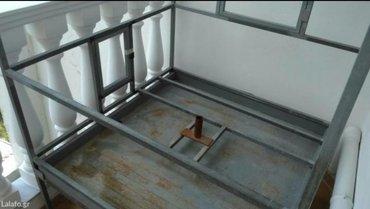 Κλούβα ιδιοκατασκευής γενικής χρήσης με δύο πορτάκια, με ροδάκια, με