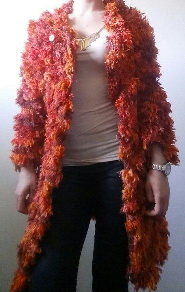 Predivan kardigan od vune, univerzalna velicina. Pazuh 44 cm, duzina - Ruma