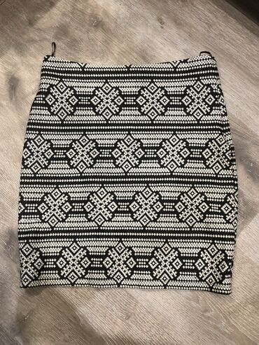 Dzhinsy koton - Кыргызстан: Осенняя юбка Koton, забирайте за 300! стоила намного дороже, размер S