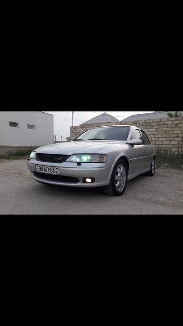 Sumqayıt şəhərində Opel Vectra 2000