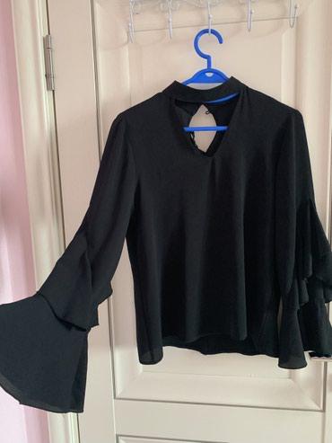 Продаю очень красивую блузку. Цена 1500. в Баетов