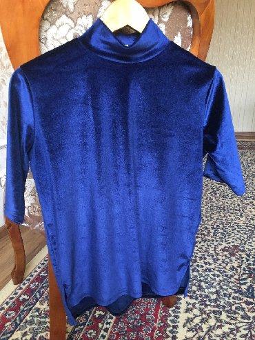 блузки с коротким рукавом в Кыргызстан: Бархатная блузка с короткими рукавами. Отличное состояние