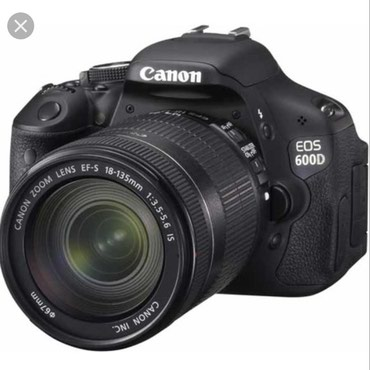 Продаю фотоаппарат canon 600d с объективом canon 18-135 в Бишкек