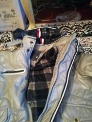 Зимняя очень тёплая куртка для подростка, состояние идеальное, цена