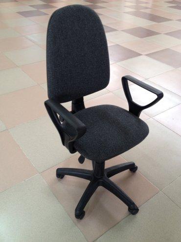 """Офисное кресло """"престиж"""". россия! гарантия! 2450 сом! в Бишкек"""