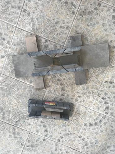 Инструмент маленький 100, большой 300 в Бишкек