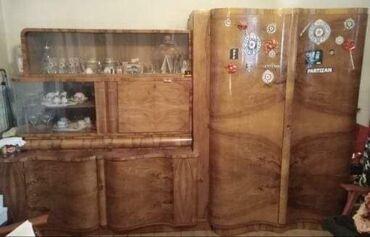 Garniture - Srbija: Ormar + stakleni nastavak (iz dva dela) puno drvo, veoma dobro očuva