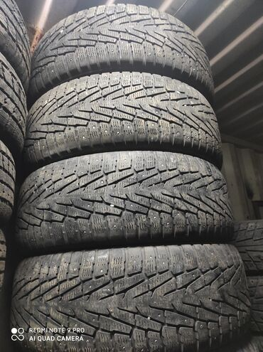 шины на 17 цена в Кыргызстан: 265.65.17 размер Продаю шины комплект зимняя цена 13000 сом