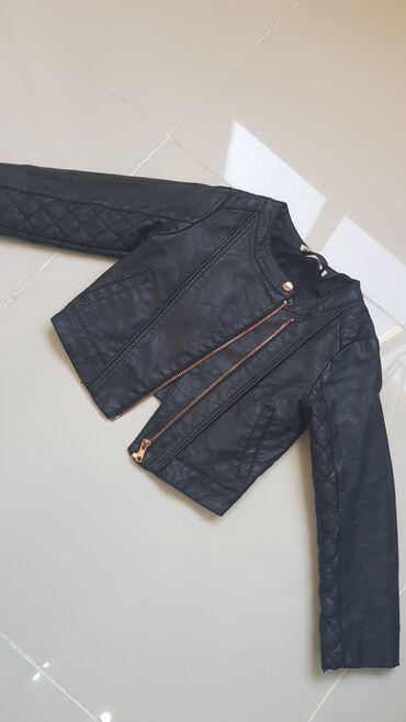 H&M kozna jaknica,za devojcice.Velicina na slikama.Kupljena nova