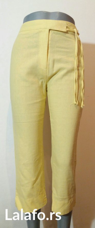 Pantalone letnje 7/8 duzine,divne limun zute boje od mesavine lana i - Beograd