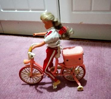 Barbika sa biciklom očuvano - Batajnica
