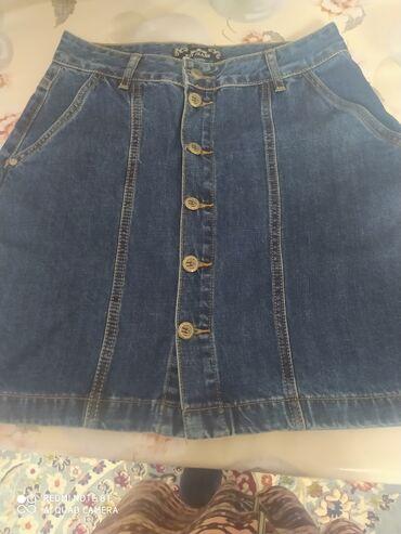 Продаю джинсовую юбку. Размер 42. Подойдет и для подростков. Состояние