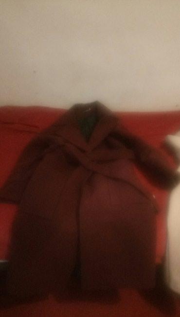 Пальто бордового цвета ,качество отличное 1500KG в Бишкек