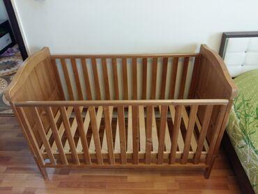 """детские вещи от 0 до 1 в Азербайджан: Детская кроватка """"Mothercare Winnie the Pooh""""  1. В отличном состоянии"""