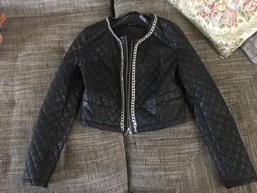 Kratka jaknica M velicine,nosena par puta,kao nova. - Cuprija