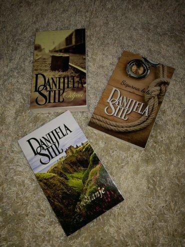 Tri knjige danijele stil,nekoriscene,nove... 1. Odjeci 2. Sigurna luka - Trstenik