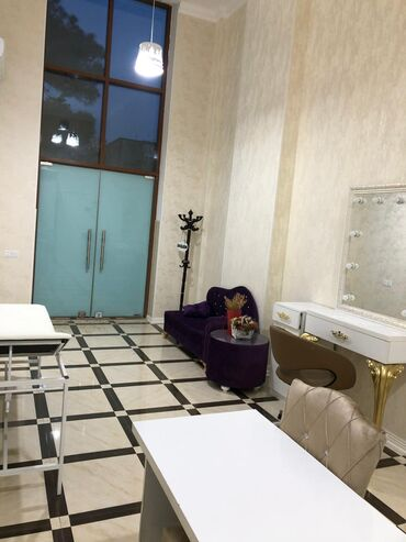Zavod və fabriklərin icarəsi - Azərbaycan: Nizami Rayonu, Nefçilər metrosunun yaxınlığında gözəllik salonu