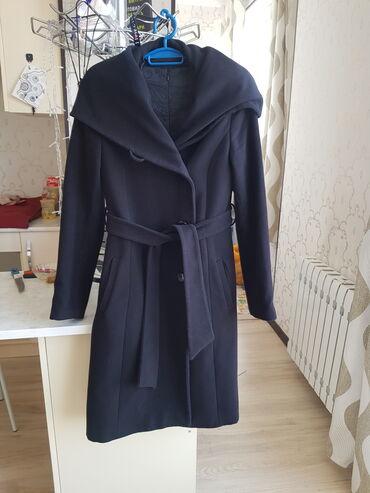 пальто женское зимнее бишкек в Кыргызстан: Пальто черное, кашемировое от Guess Б/у