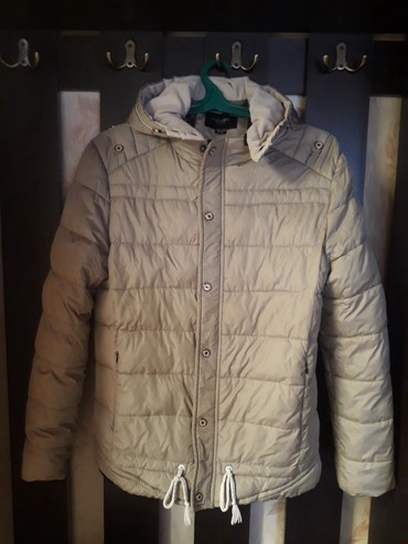 Мужские куртки в Кыргызстан: Куртка б/у мужскаявесна-осень,как новая практически не носилась