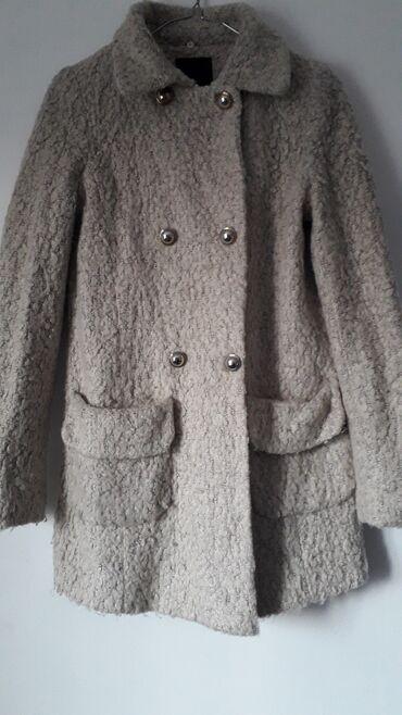 квартиры в рассрочку в кара балте in Кыргызстан   ПРОДАЖА КВАРТИР: Продаю пальто в отличном состоянии Корея Накидка-жилетка 300Куртка