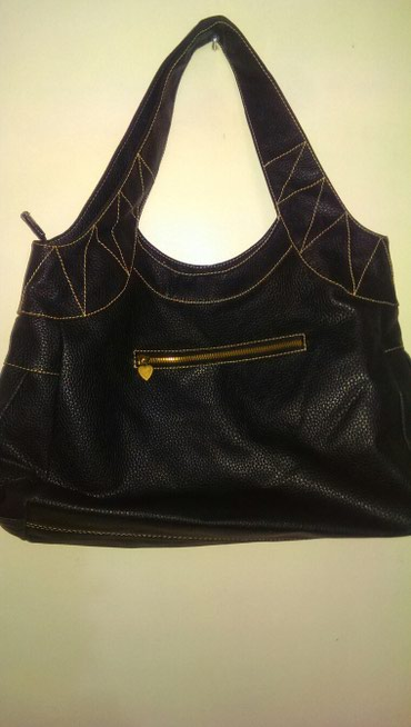 сумка черного цвета в Кыргызстан: Жен, сумка, кожзам., чёрного цвета, сост.хор, 400сом