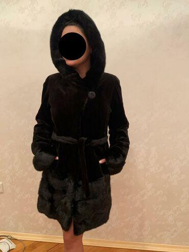 - Azərbaycan: Karolina Valiantdan Wuba 3600 alinib meclise gedende cox az