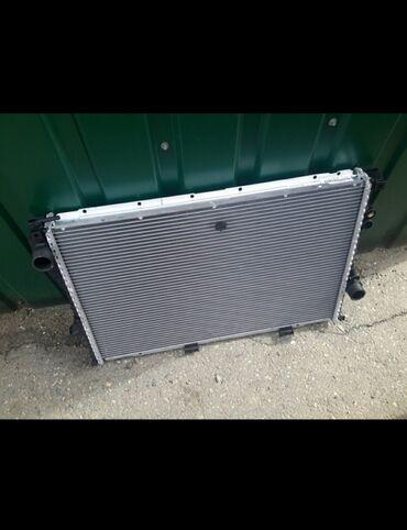 "e38 - Azərbaycan: Bmw e38 e39 su radiatoru ""Behr-HELLA"" firması, avtomat karopka ucun.Bu"