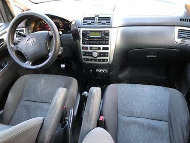 Toyota Avensis Verso 2 л. 2004