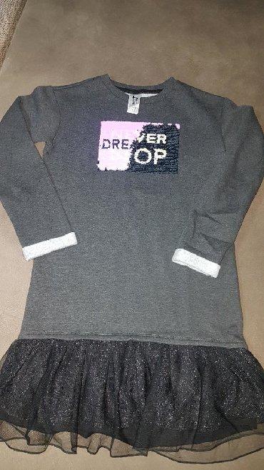 Dečija odeća i obuća - Negotin: Prelepa haljina-tunika pisi brisi. NOVA bez etikete. Vel.146-152