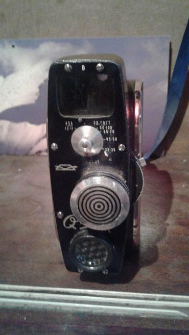 Видеокамера 68 года ,2000с! в Бишкек