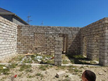 Ev satılır 2 kv. m, 4 otaqlı