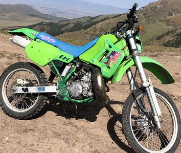 Kawasaki - Кыргызстан: Мотоцикл !!!Мотоцикл !!!Kawasaki KDX 200SRKDX 200SR. На мотоцикле