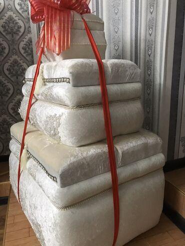 Свадебные аксессуары - Кыргызстан: Сандык 3Х сатылат 20000 алгам, 17000ге сатам, сандык жапжаны, колдон