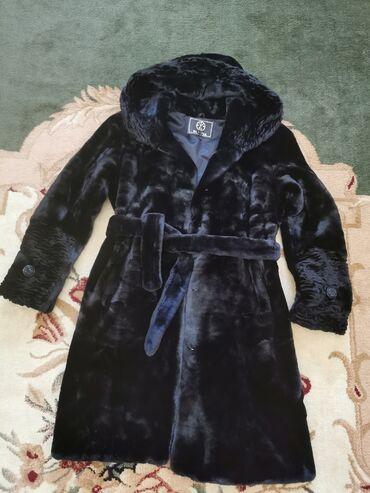 вечернее длинное платье черного цвета в Кыргызстан: Продаем шубу мутон. Цвет черный. Размер 48-50. С капюшоном и поясом