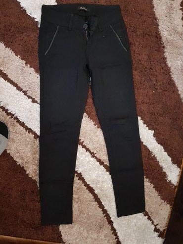 Pantalone, velicine 27, dva puta obucene, kao nove su - Kraljevo