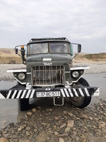 ZİL - Azərbaycan: ZİL Digər model 2.8 l. 1976   675000 km