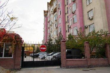 Продается квартира: 3 комнаты, 132 кв. м., Бишкек в Бишкек