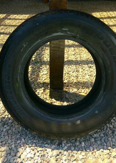 летние шины 21560 r16 в Кыргызстан: Шины BRIDGSTONE, 4 балона. Протектор на сезон откатать. 215/70 R16