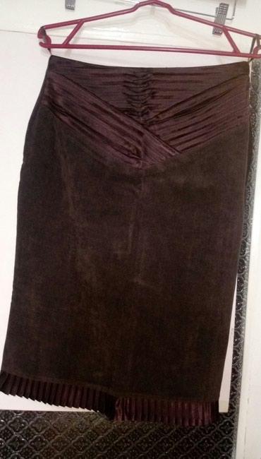 юбка-новая в Азербайджан: Юбка коричневая-новая( мелкий вельвет с атласной драпировкой)