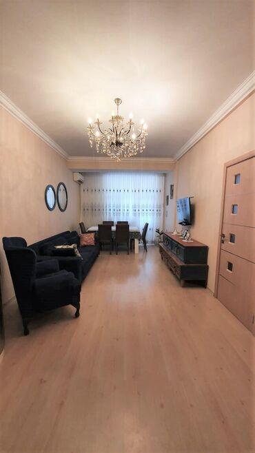 2 mərtəbəli uşaq kravatları в Азербайджан: Продается квартира: 2 комнаты, 63 кв. м