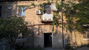 Bakı şəhərində Tecili !!! Bileceride 4 otaqli ev satiıir. orta temiirlidir. suyu