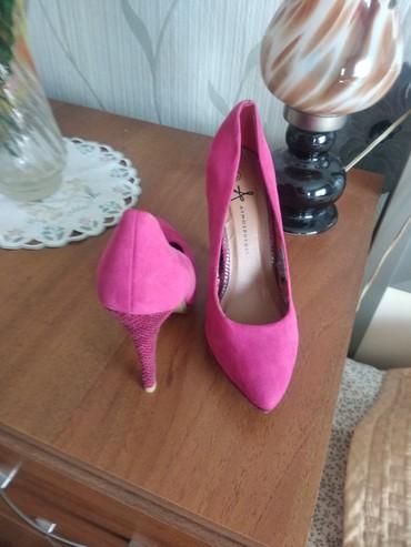 Женская обувь в Чолпон-Ата: Туфли,привезенные с Германии в хорошем состоянии,замшевые 37 р. за