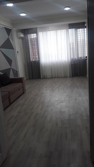 Продажа квартир - Север - Бишкек: Элитка, 2 комнаты, 75 кв. м Бронированные двери, Видеонаблюдение, Дизайнерский ремонт
