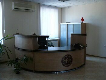 Требуется сотрудник на ресепшн в в Бишкек