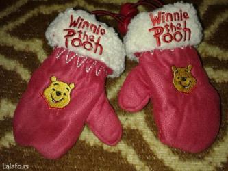 Rukavice za bebe, winnie the pooh,crvene boje,punjene,tople za - Novi Sad