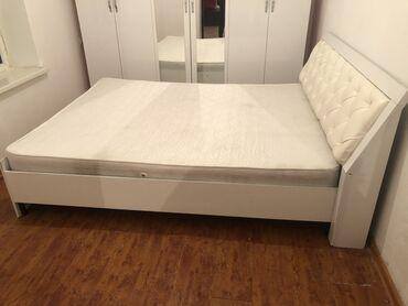Срочно!!!Продаю спальный гарнитур состояние отличное с матрасом в комп